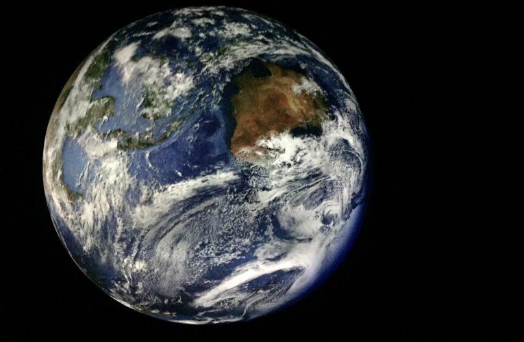 Voo orbital da SpaceX dará uma volta na Terra a cada 90 minutos