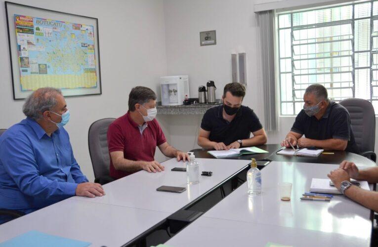 CCJ da Câmara analisa convênio para construção da Casa da Juventude em Botucatu